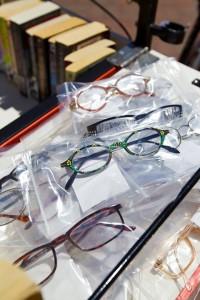 bookbikereadingglasses